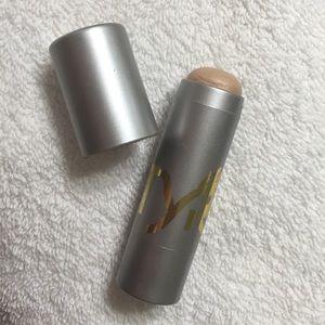 Tyra Beauty Cream Luminizer